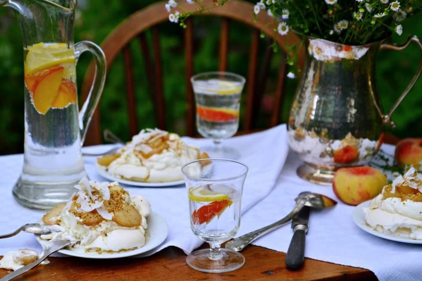 Pfirsich-Pavlova | Dîner en Blanc